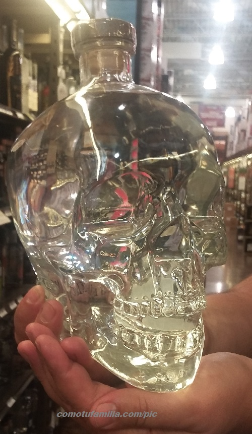 Crystal Head Ghostbusters Dan Aykroyd